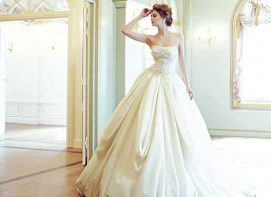 Truyện tình yêu - Giấc mơ áo cưới