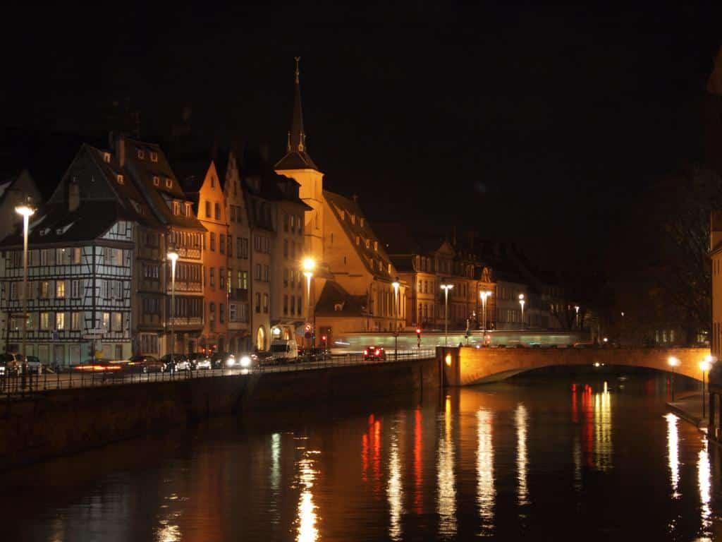 mua-o-Strasbourg-doc-truyen-dem-khuya