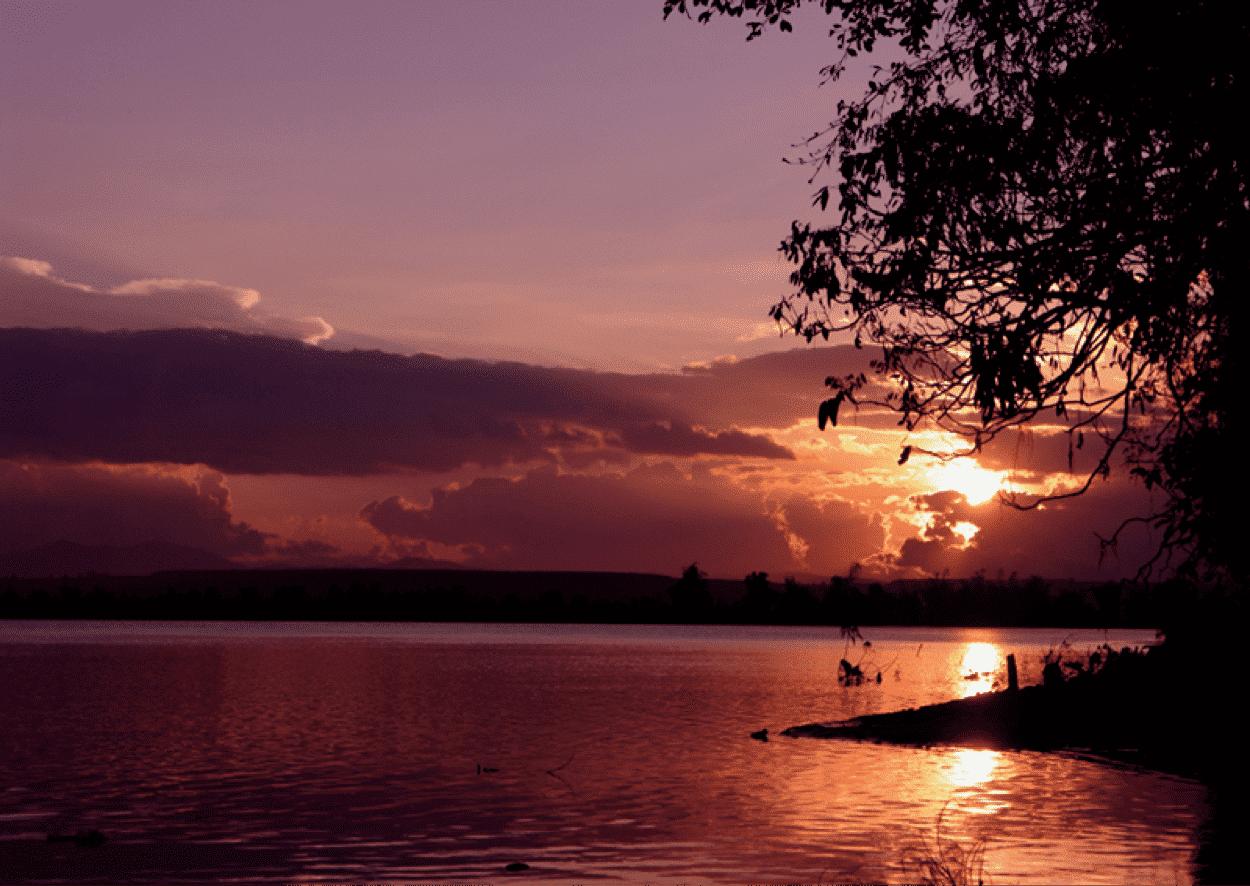 Khúc Sông - Đức Ban