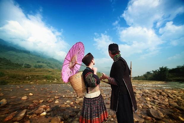 Chợ Tình Cuối Mùa Xuân - Sương Nguyệt Minh