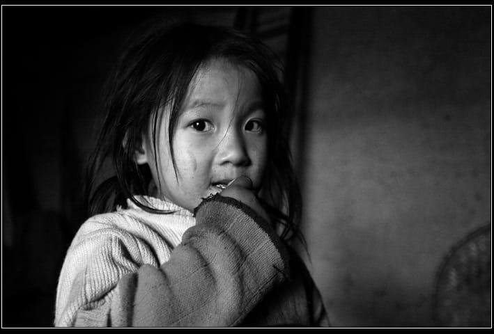 Mắt trẻ thơ - Tác giả: Nam Ninh