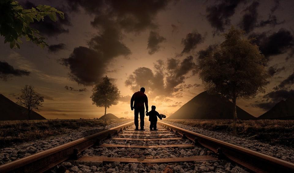 Cha và con và... tàu bay - Tác giả: Nguyễn Ngọc Thuần