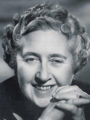 Nhà Văn Agatha Christie